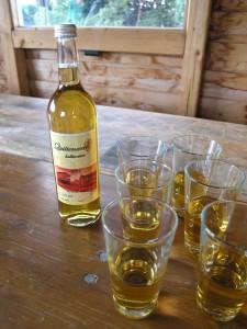 Halbtrockenen Quittenwein , Jahrgang 2012